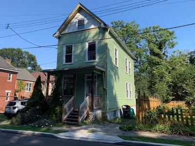 Cincinnati Single Family Home For Sale: 106 Justis Street