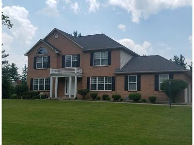 Clermont County Single Family Home For Sale: 925 Country Club Drive