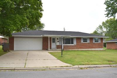 Lebanon OH Single Family Home For Sale: $190,000