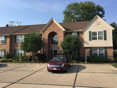 Cincinnati Condo/Townhouse For Sale: 635 Covedale Avenue #3