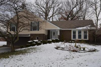 Single Family Home Sold: 8210 Elmway Dr