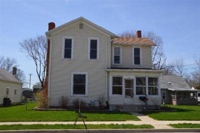 Single Family Home Sold: 28 South Clay St