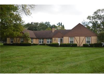 Single Family Home Sold: 4512 Fairlawn Court