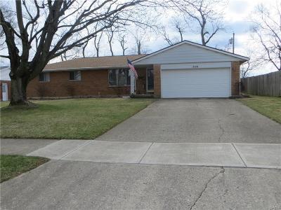 Vandalia Single Family Home For Sale: 1040 Alkaline Springs Road