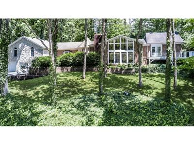 Kettering Single Family Home For Sale: 3162 Blossom Heath Road