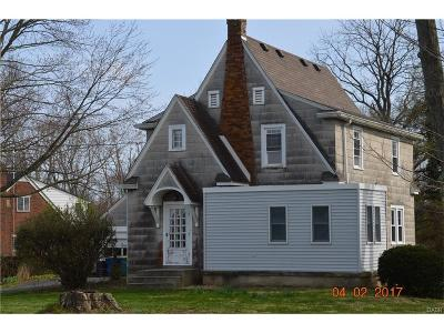 Single Family Home Sold: 6832 Salem Ave