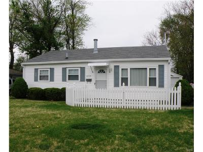 Kettering Single Family Home For Sale: 2124 Wilmington Pike
