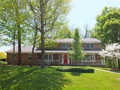 Beavercreek Single Family Home For Sale: 427 Merrick Drive