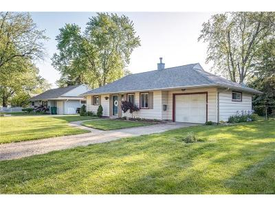 Kettering Single Family Home Active/Pending: 3712 Milford Drive