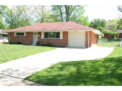 Kettering Single Family Home Active/Pending: 3608 Hertland Drive