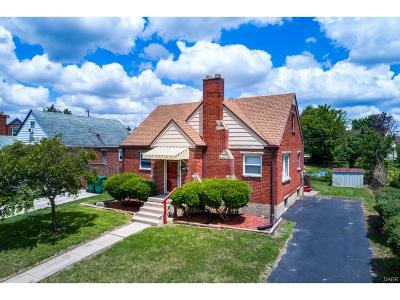 Fairborn Single Family Home For Sale: 335 Holmes Drive