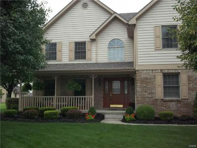 Englewood Single Family Home For Sale: 203 Old Carriage Drive