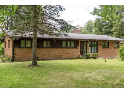 Yellow Springs Single Family Home Active/Pending: 1441 Meadow Lane
