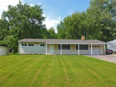 Beavercreek OH Single Family Home For Sale: $118,900