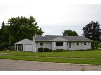 Kettering Single Family Home Active/Pending: 3320 Valleywood Drive
