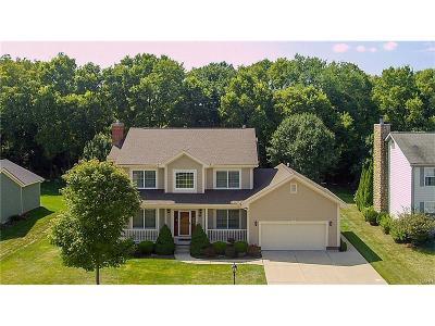 Beavercreek Single Family Home Active/Pending: 877 Autumn Leaf Drive