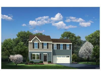 Xenia Single Family Home For Sale: 1230 Shannon Lane