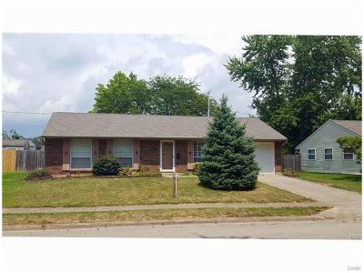 Xenia Single Family Home Active/Pending: 1571 Roxbury Drive