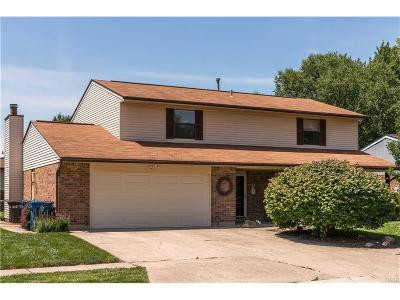 Huber Heights Single Family Home For Sale: 8901 Willowgate Lane