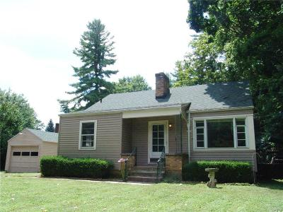 Beavercreek OH Single Family Home For Sale: $85,000