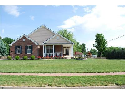 Beavercreek OH Single Family Home For Sale: $349,900