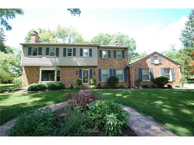 Dayton Single Family Home Active/Pending: 6151 Locust Hill Road