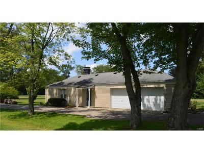 Beavercreek OH Single Family Home For Sale: $136,900