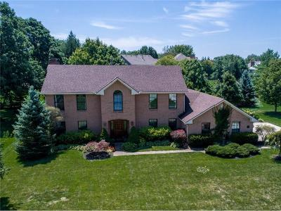 Dayton Single Family Home Active/Pending: 1168 Quiet Brook Trail
