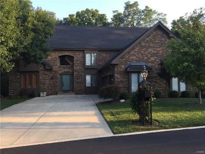 Dayton Single Family Home For Sale: 1938 Rustling Oak