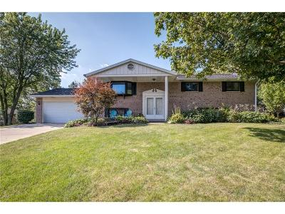 Beavercreek Single Family Home For Sale: 3575 Knollwood Drive