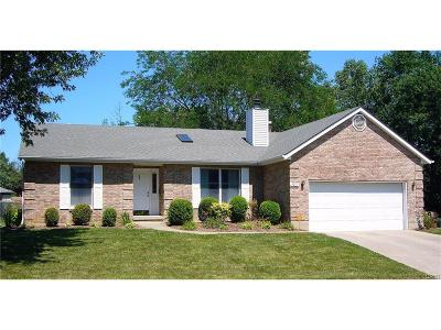 Englewood Single Family Home Active/Pending: 5071 Seville Drive