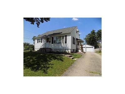 Troy Single Family Home For Sale: 145 Elmwood Avenue