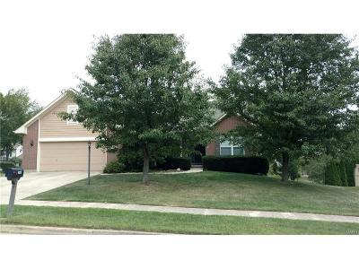 Fairborn Single Family Home For Sale: 2460 Quail Run Road
