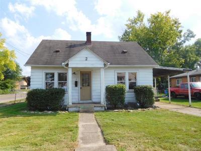 Fairborn Single Family Home For Sale: 2 Lindberg Drive