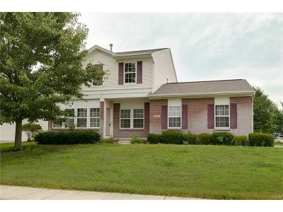 Tipp City Single Family Home For Sale: 4811 Red Bird Court