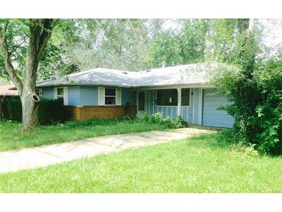 Huber Heights Single Family Home For Sale: 5005 Tewkesbury Drive