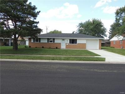 Vandalia Single Family Home Active/Pending: 737 Kirkwood Drive