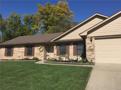 Beavercreek Single Family Home For Sale: 3006 Highlander Drive