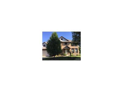 Beavercreek Single Family Home For Sale: 2238 Hunters Ridge Boulevard