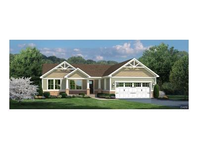 Tipp City Single Family Home For Sale: 952 Cedar Grove Drive