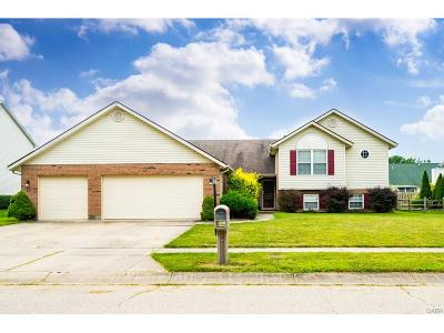 Miamisburg Single Family Home For Sale: 2342 Sunflower Drive