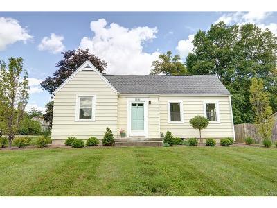 Beavercreek OH Single Family Home For Sale: $134,900
