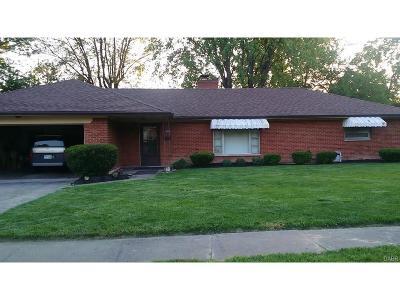Dayton Single Family Home For Sale: 2641 Churchland Avenue