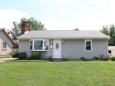 Xenia Single Family Home For Sale: 221 Omalee Drive