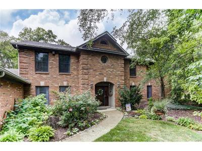 Dayton Single Family Home For Sale: 9537 Meadow Woods Lane