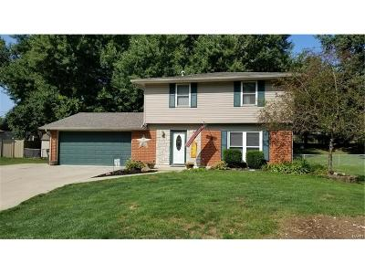 Bellbrook Single Family Home Active/Pending: 2245 Bradley Court