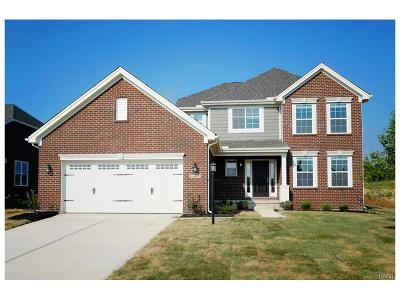 Bellbrook Single Family Home For Sale: 1695 Sunset Creek Court