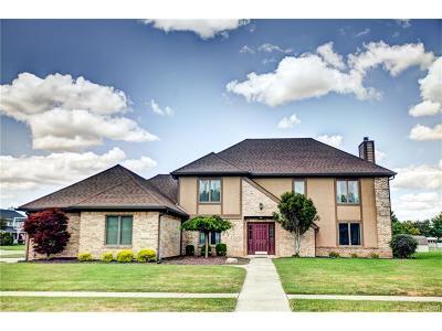 Fairborn Single Family Home For Sale: 7878 Kings Ridge Circle