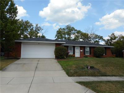 Miamisburg Single Family Home Active/Pending: 631 Mears Drive