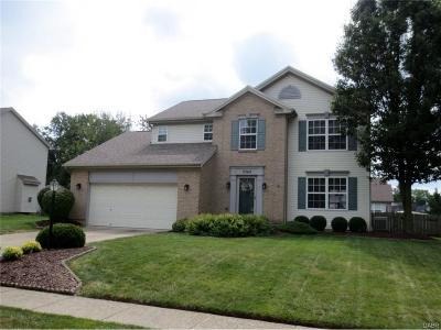 Miamisburg Single Family Home For Sale: 2362 Sunflower Drive